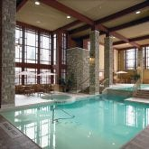 Doubletree Fallsview Pool