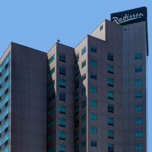 Radisson Hotel & Suites Fallsview
