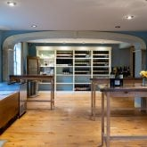 ravine-vineyard-tasting-room-2